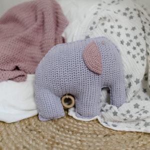 """Spieluhr gehäkelt, """"Kleiner Elefant ganz groß"""" in Flieder"""